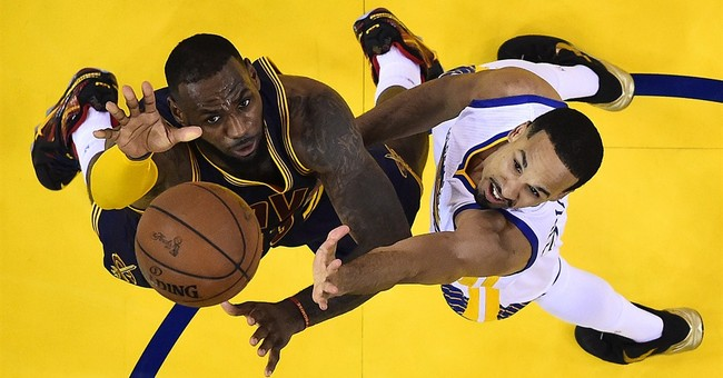Up 3-2 in NBA Finals, Warriors expect Cavs' punch in Game 6