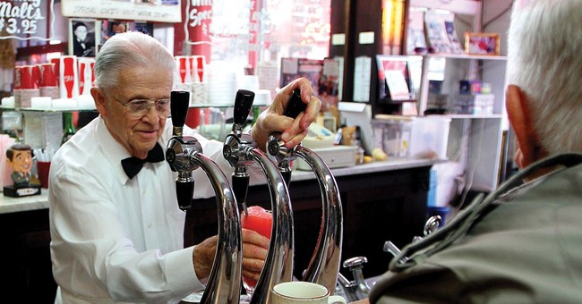 Owner of landmark Iowa soda fountain dies at 95