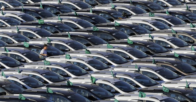 Auto sales plummet in Brazil, hamstringing key industry