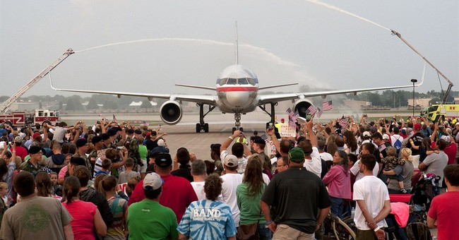 Binge on things with wings at Oshkosh airshow