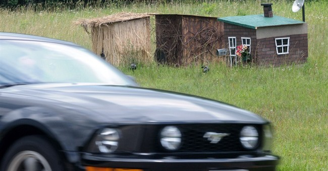 3 little pig houses left at Ohio road where semi crashed