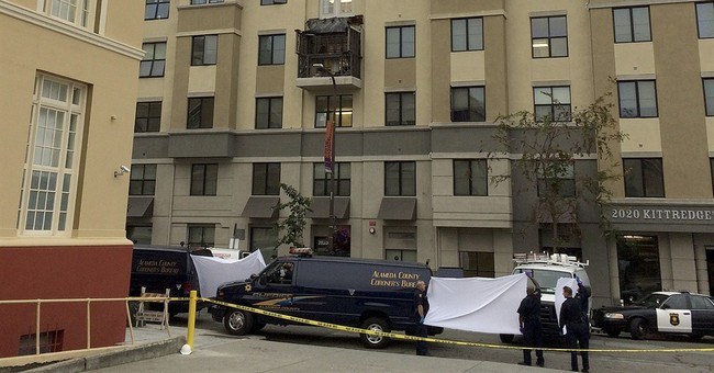 Q&A on history of Berkeley building where balcony collapsed