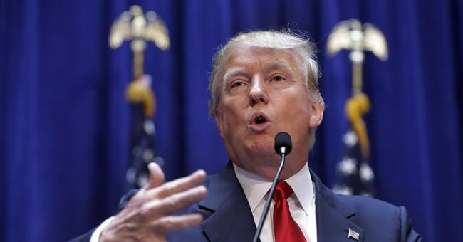 Trump elbows into 2016 race