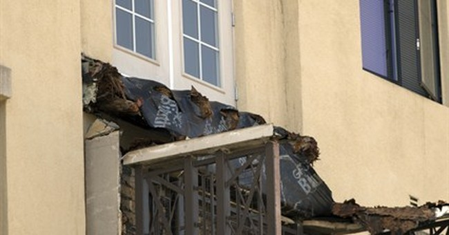 6 killed in California balcony collapse during a party