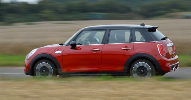 Mini Hardtop adds 2 doors, keeps tight handling