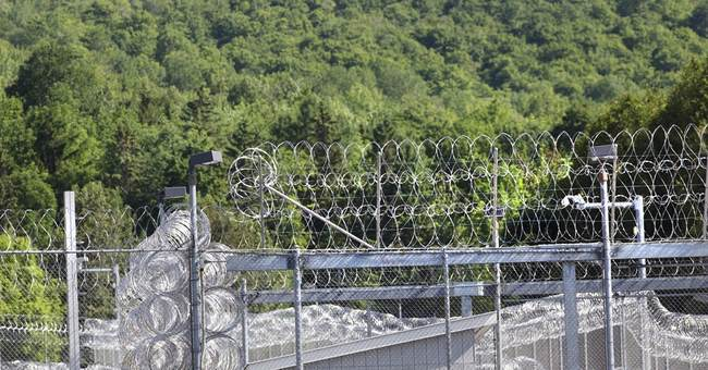 The latest on NY prison escape: 600 officers seeking them