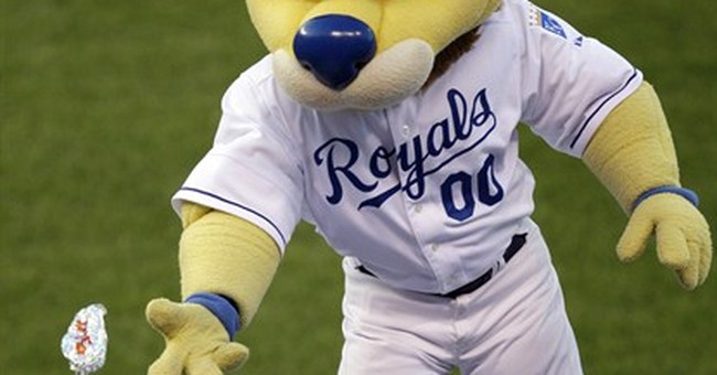 Jury: Neither Royals, man hurt by flying hot dog at fault