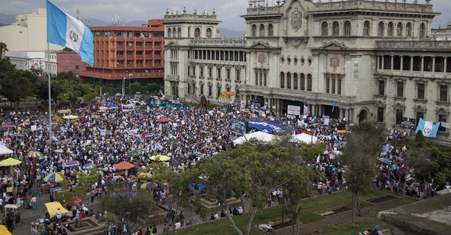 Guatemala targets head of congressional probe of president