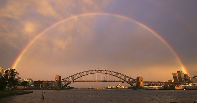 Image of Asia: Rainbow over Sydney Harbour Bridge