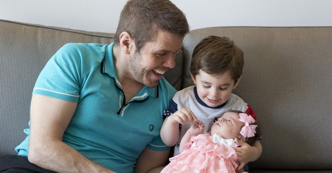 Pro-vaccination dad Perez Hilton plans Father's Day at home