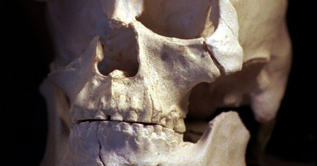 DNA from ancient skeleton shows ties to Native Americans