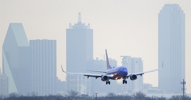 Dallas sues US as fight over local airport escalates