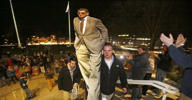 Students rally at Penn State, happy Paterno gets wins back