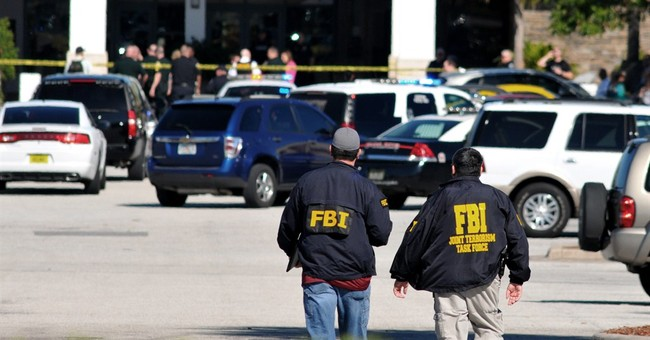 Police: 2 dead, 1 wounded in central Florida mall shooting