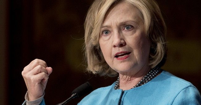 Romney, Clinton offer signs '16 will be about economy