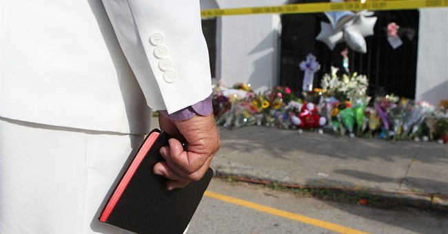 Charleston church victims' families forgive suspect in court