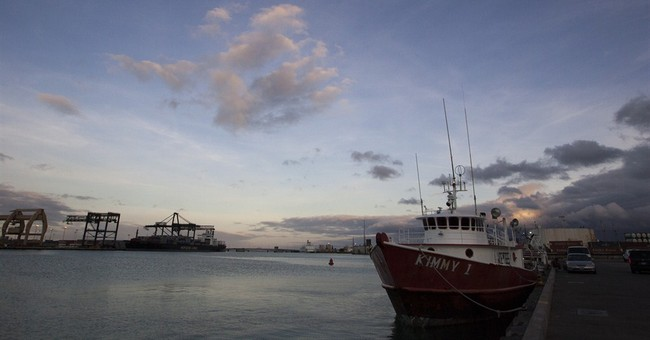 AP PHOTOS: See food before buying at largest US fish auction