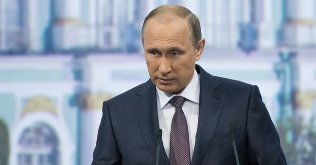 Putin criticizes US but offers to cooperate on global crises