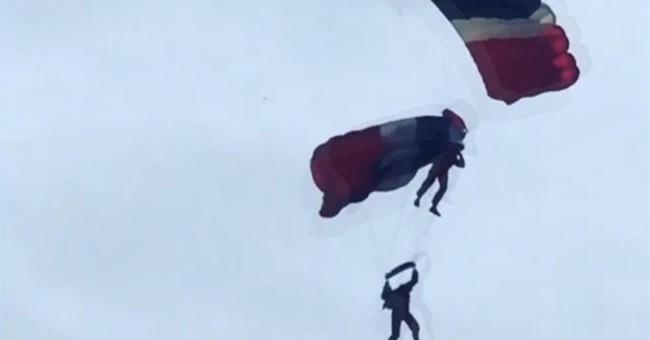 Teammate saves fellow serviceman after his parachute fails