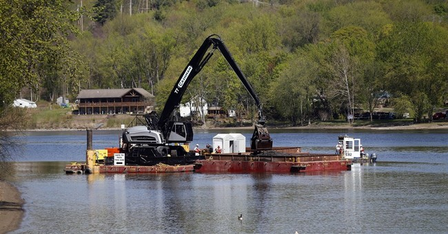 Huge undertaking, dredging of Hudson for PCBs, nears its end