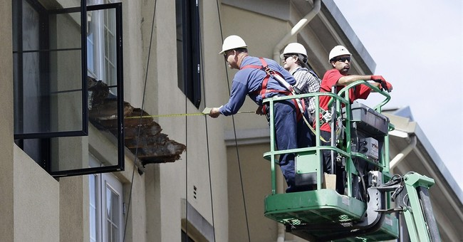 7 students who survived balcony collapse remain hospitalized