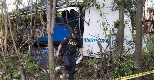 4 seriously hurt in Ontario double-decker bus crash