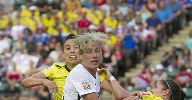 FIFA issues warning to Wambach after officiating remarks