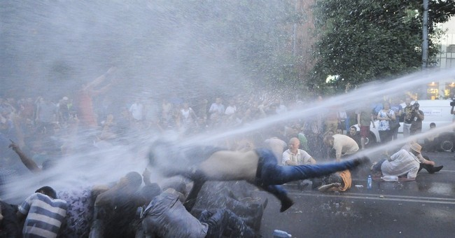 Protesters renew march against electricity prices in Armenia