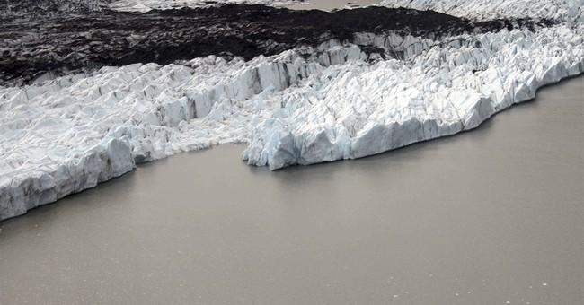 Searchers comb Alaska glacier for GIs killed in 1950s crash