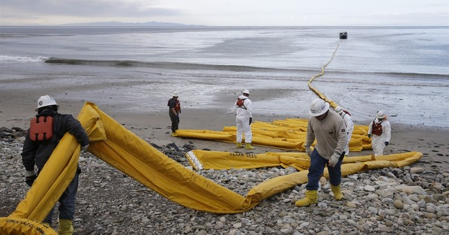 Pipeline firm couldn't reach staff at California spill site