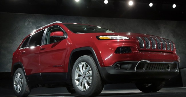 Fiat Chrysler recalls Jeep SUVs for water leak problem