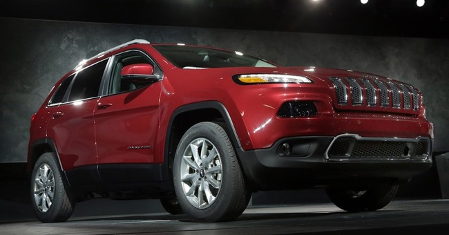 Fiat Chrysler recalls Jeep SUVs for water leak problem