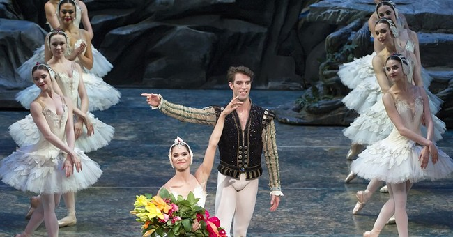 Cheers, bouquets for Misty Copeland at her 'Swan Lake' debut
