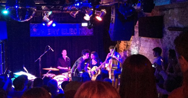 Billie Joe Armstrong, Norah Jones perform rare show