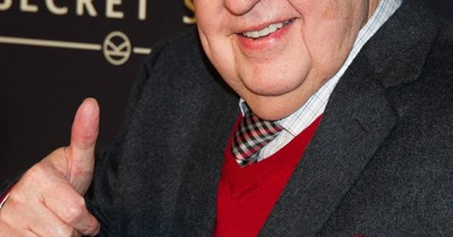 Roger Ailes signs new contract at Fox