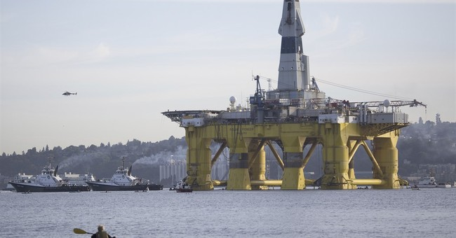 Shell heads for Alaska while awaiting final drilling permits