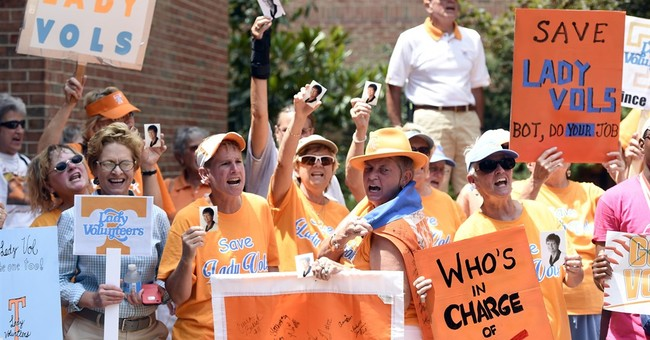 Tennessee set to make move to a lone 'Lady Vols' team