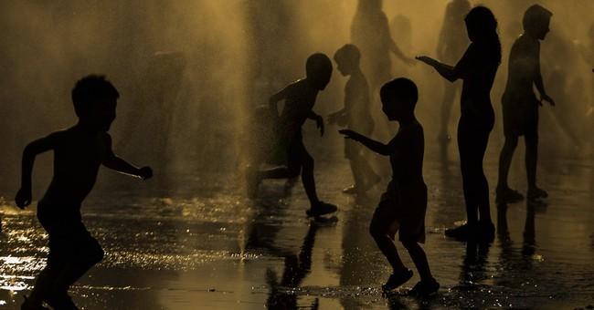 Heat wave originating in north Africa engulfs much of Spain