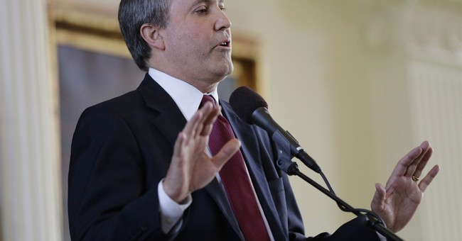 Texas AG: State workers can deny licenses to gay couples