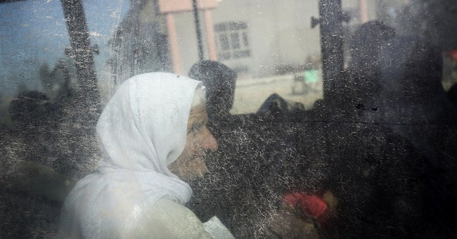 Islamic State group releases 200 captive Yazidis in Iraq