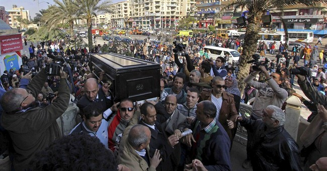 Thousands mourn passing of Egyptian film star Faten Hamama