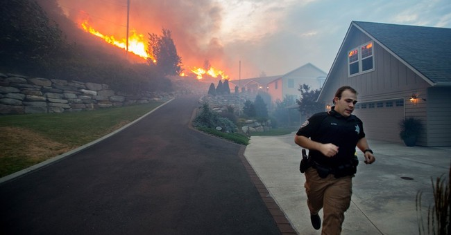 'Mind blowing' flames destroy homes in Washington state