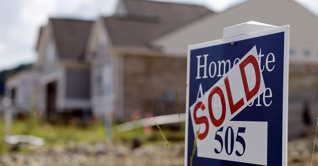 US pending home sales climb to 9-year high