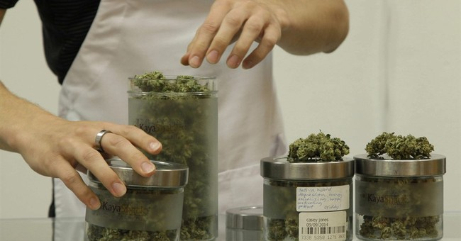 Thousands gather in Portland as Oregon eases into legal weed