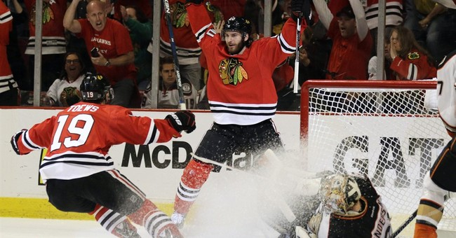 Blackhawks trade Saad to Blue Jackets