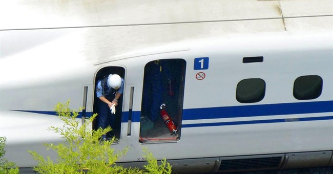 2 dead after man sets self on fire on Japanese bullet train