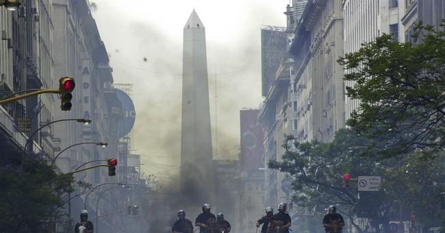 Argentina recalls its financial crisis, advises Greece