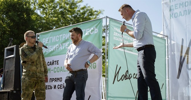 Russian opposition leader campaigns against voter apathy