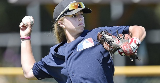 All-Star likes what he sees of pioneering girl at MLB camp