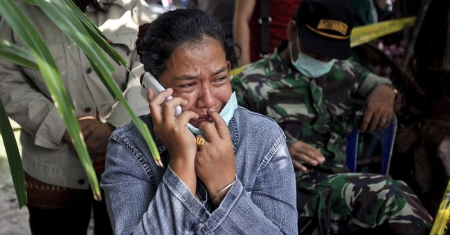 Crashed Indonesian plane may have suffered engine problem